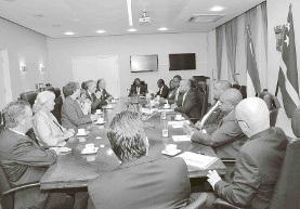 De delegatie ontmoette ook de ministerraad.