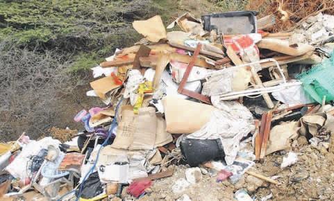 De dump bij Koraal Tabak.  FOTO GREEN FORCE ©2013