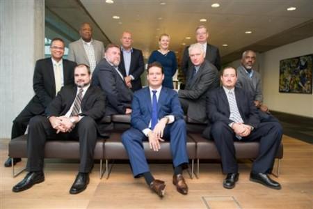 De BES-delegaties op bezoek bij staatssecretaris Frans Weekers van Financiën. FOTO MINFIN