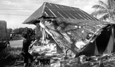 De sloop van het huis, de eerste  fase van het project.  FOTO UN MAN PA KOMUNIDAT