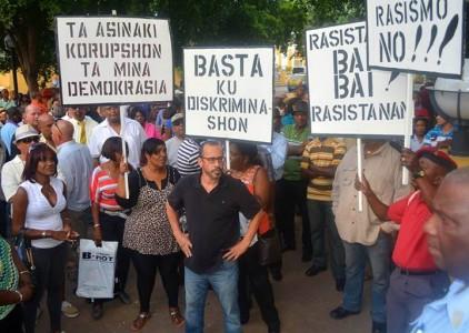 Peppie Sulvaran riep op te demonstreren tegen racisme en discriminatie