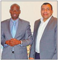 De naar het archief verbannen Hoofd Ondersteunende diensten en Financien Sherwin Burke werd in november 2011 ter gelegenheid van zijn 30- jarig ambtsjubileum door Gevolmachtigde minister Sheldry Osepa geprezen.