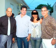 Broers George Jamaloodin, Robbie dos Santos en Luigi dos Santos-2