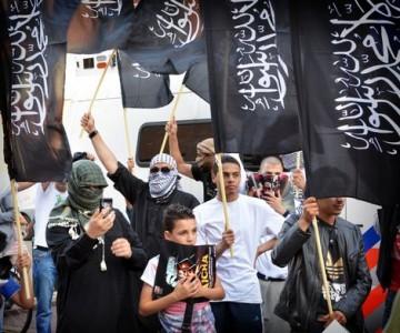 Tijdens de pro-Gaza-demonstratie in de Haagse Schilderswijk in juli werden antisemitische leuzen geroepen. Het OM in Den Haag is een onderzoek gestart naar de teksten die werden geroepen. Foto |  Rene Oudshoorn