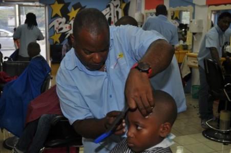 kapsalon Big Star in Chobolobo Shopping Center knipt voor het nieuwe school jaar