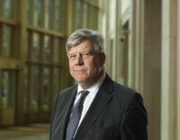 Minister Opstelten kan niet uitsluiten dat er in Nederland, zoals eerder in Brussel, een aanslag wordt gepleegd. Foto |  Serge Ligtenberg