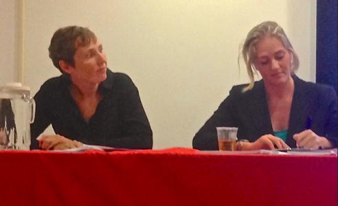 Susan van Velzen en Renske Pin (r) | Foto |  Jean Mentens