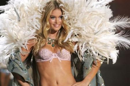 Onze eigen Doutzen Kroes loopt al jaren mee in de modeshow van het lingeriemerk.   Foto: AP