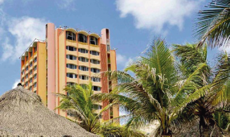 Over de verkoop van het Plaza Hotel wordt druk onderhandeld met geïnteresseerden | Foto Ken Wong
