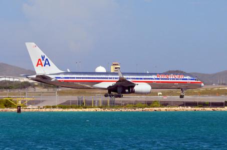 AA drie keer per dag naar Aruba