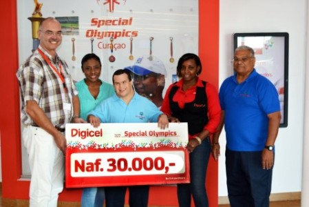 30.000 Gulden voor Special Olympics van Digicel