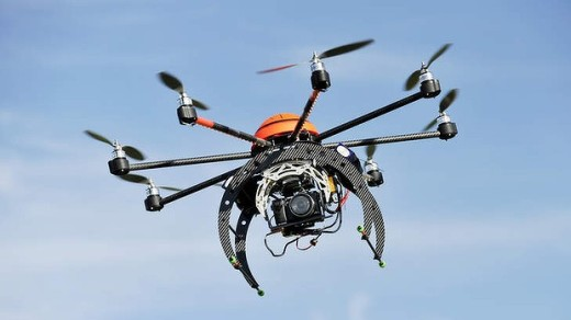Bijna-crash Airbus en speelgoeddrone
