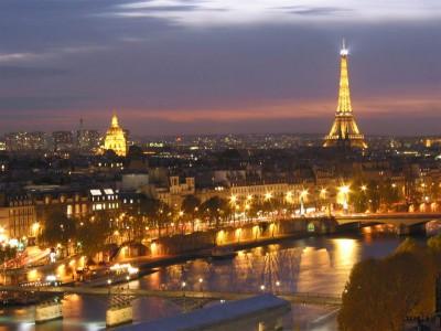 Column Vaders   Lichtstad Parijs. Even een ander Parijs