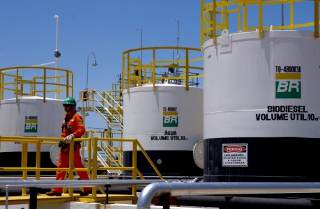 Medewerkers van Petrobras zouden de afgelopen jaren veel smeergeld hebben aangenomen.