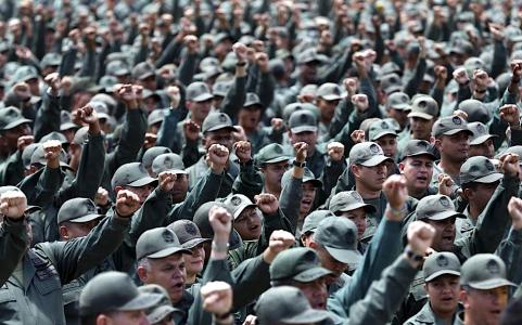 Venex Curaçao: Truths and lies about Barack Obama sanctions against Venezuelan officers   Foto verdedigingsoefening REUTERS/Carlos Garcia Rawlins