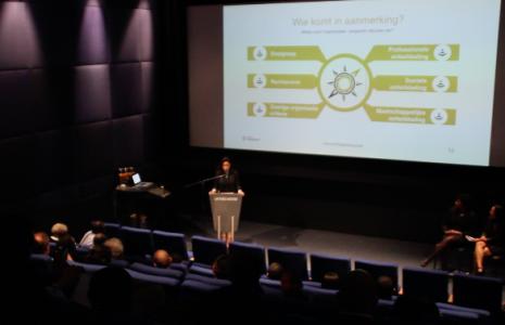 In Rotterdam is de 'nieuwe' stichting Passaat gepresenteerd. Die gaat geld en advies geven aan de organisaties die zich inzetten voor de Antilliaanse gemeenschap in Nederland | Foto: John Samson