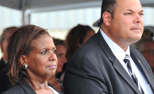De fractie zou de Gevolmachtigde Minister van Curacao in Nederland niet meer willen steunen