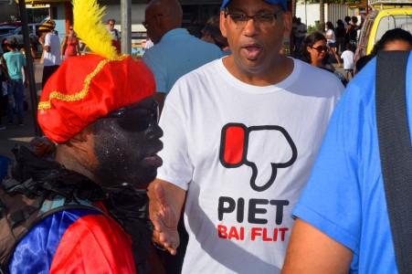 Sinterklaas-zwarte piet protesten Giovani Gio Atalia 2015   Persbureau Curacao