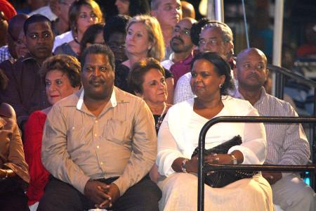 Whiteman houdt de zaak onder de pet | Foto Persbureau Curacao