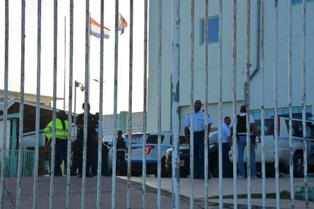 Gevangenisbewaker Sint Maarten aangehouden