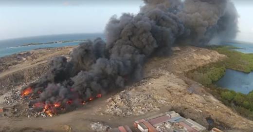 Grote brand in Arubaans Parkietenbos na vuilstort