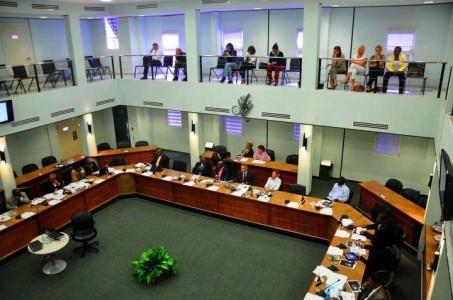 Historische dag in parlement eindigt in 'verkiezingsdebat'