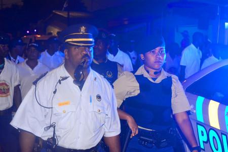 politie carnaval 2016   Persbureau Curacao