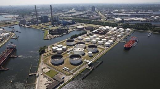 Het grootste haventerrein in de Arubaanse hoofdstad Oranjestad wordt onder handen genomen door Amsterdamse deskundigen