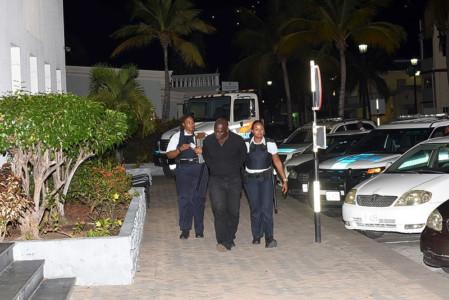 Voortvluchtige gepakt op Sint Maarten | Foto Daily Herald