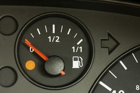 Benzine en diesel 1 cent duurder