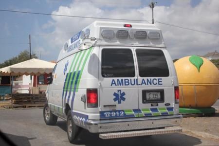 Achtervolging eindigt in crash met gewonden   Persbureau Curacao