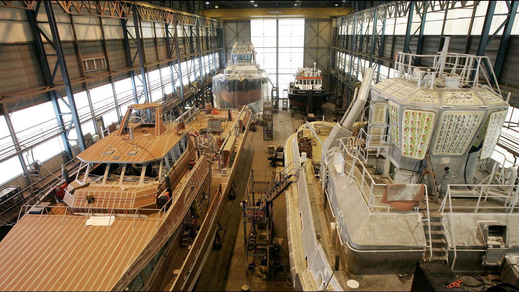 De scheepswerf van Damen Shipyards in Gorinchem. Foto: Lex van Lieshout / ANP