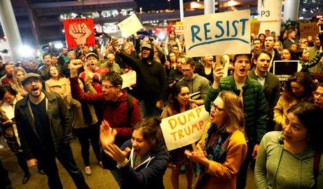 Groen licht petitie voor Dump Trump protesten