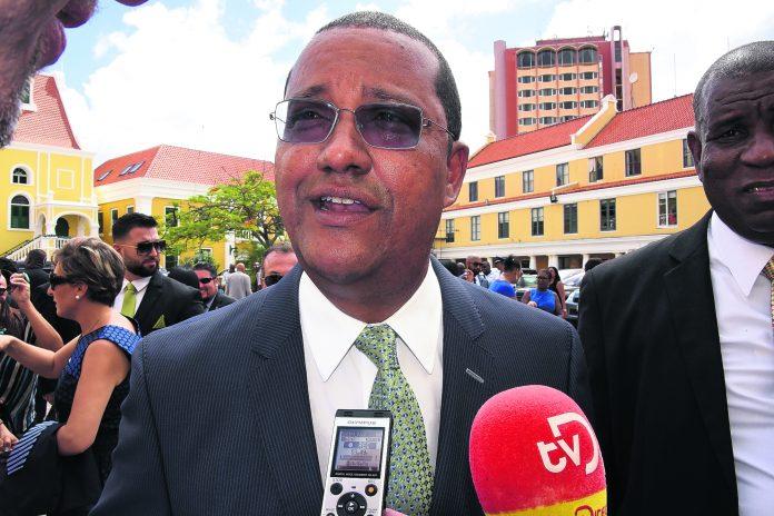 Davelaar wil onderzoek naar rol politie Staten