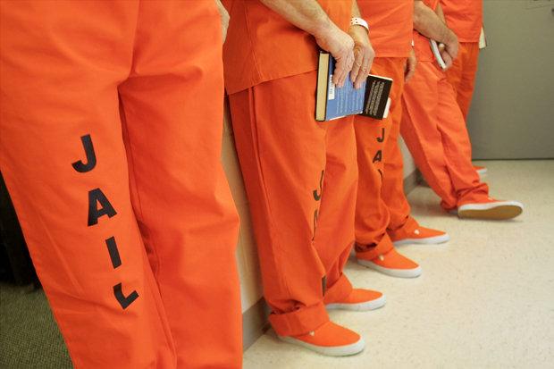 Oranje ipv kaki