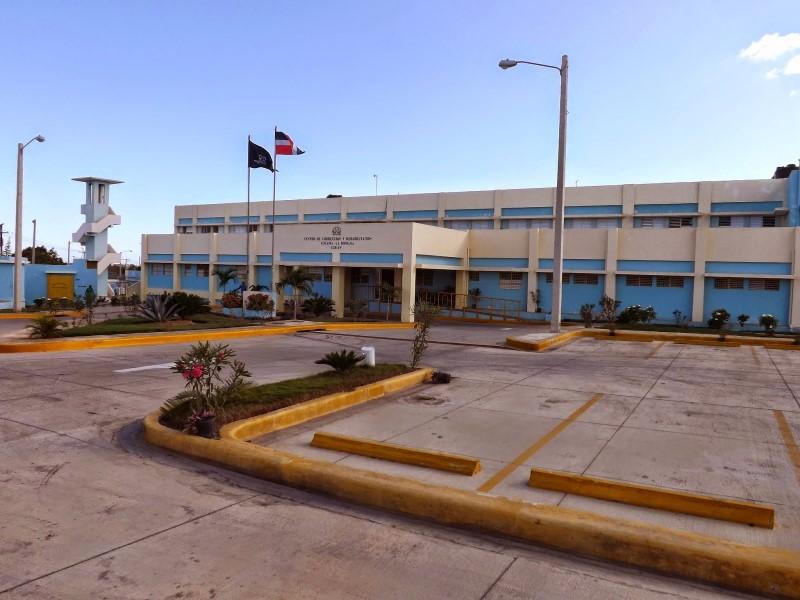 Tussen Cuba en St. Domingo en alle delen van het Koninkrijk der Nederlanden