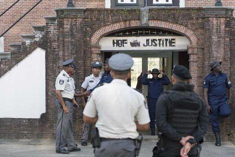 Beveiligers voor het Hof van Justitie | ANP