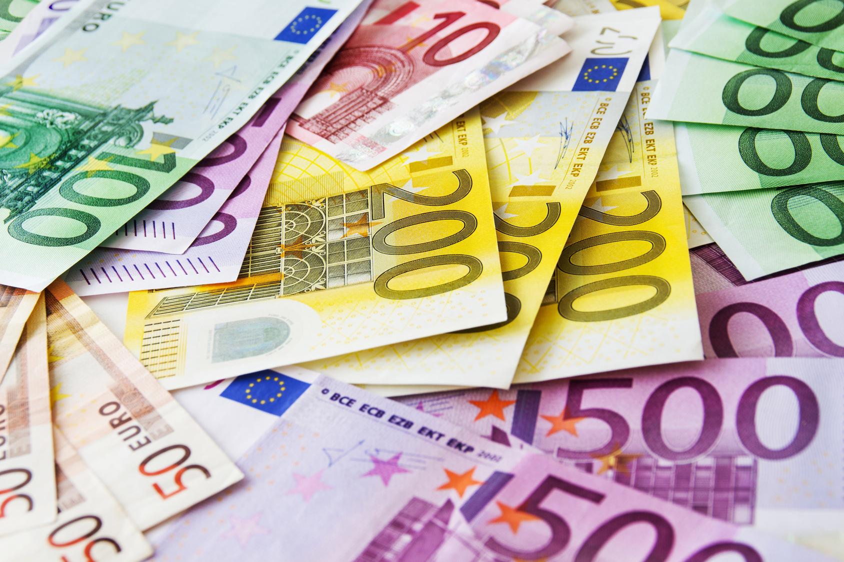 Mionario bibá na Kòrsou tin di paga di 20 mion euro na belasting tog