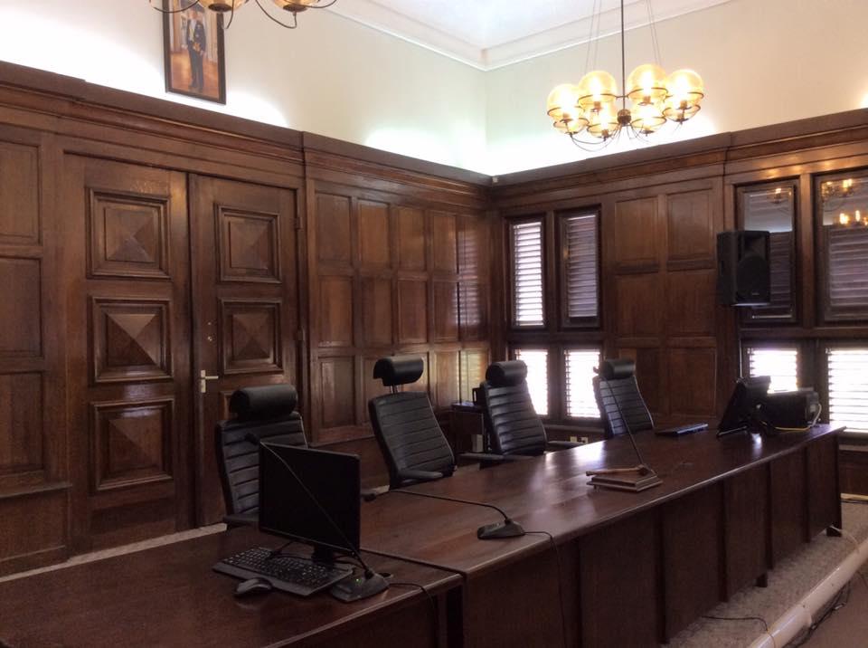 rechtbank-stadhuis-hof-vonnis