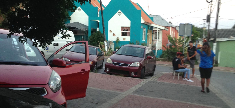 NTR   Bewoners volkswijk Curaçao in shock na viervoudige moord