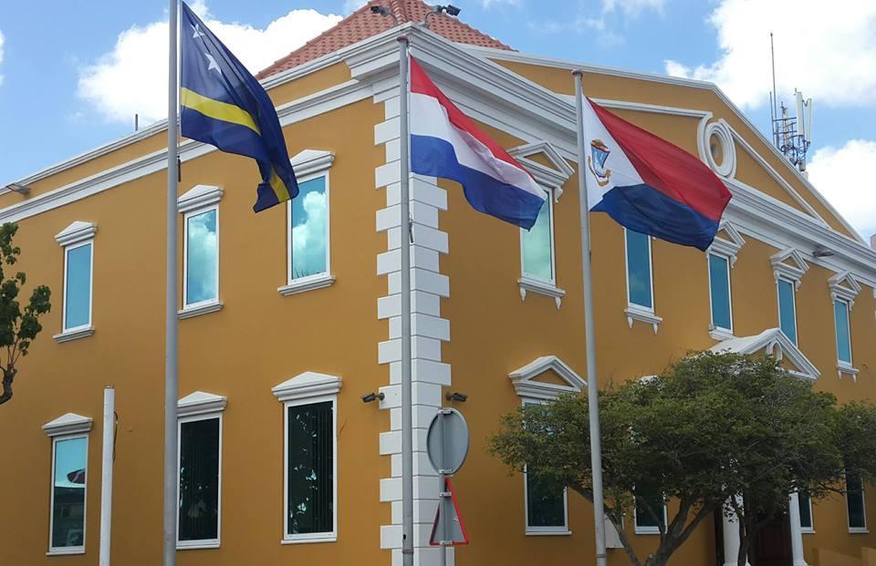 PFM   Maximale inzet OM in onderzoek naar de viervoudige moord op Berg Altena