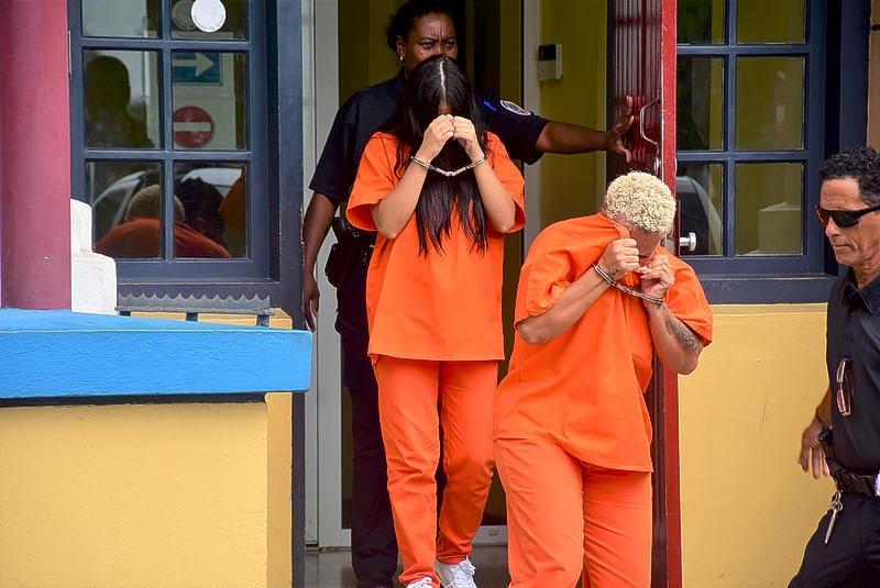 CuracaoNieuws   Vier arrestaties in vrouwenhandel