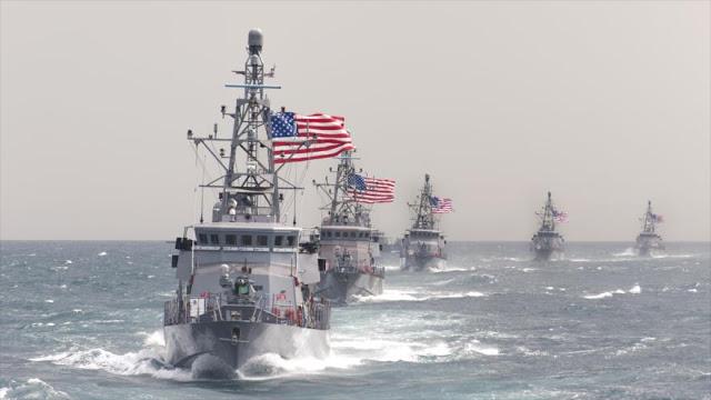 AVC   Oprukkende Amerikaanse militairen in de Caribische zee: laat je niet foppen