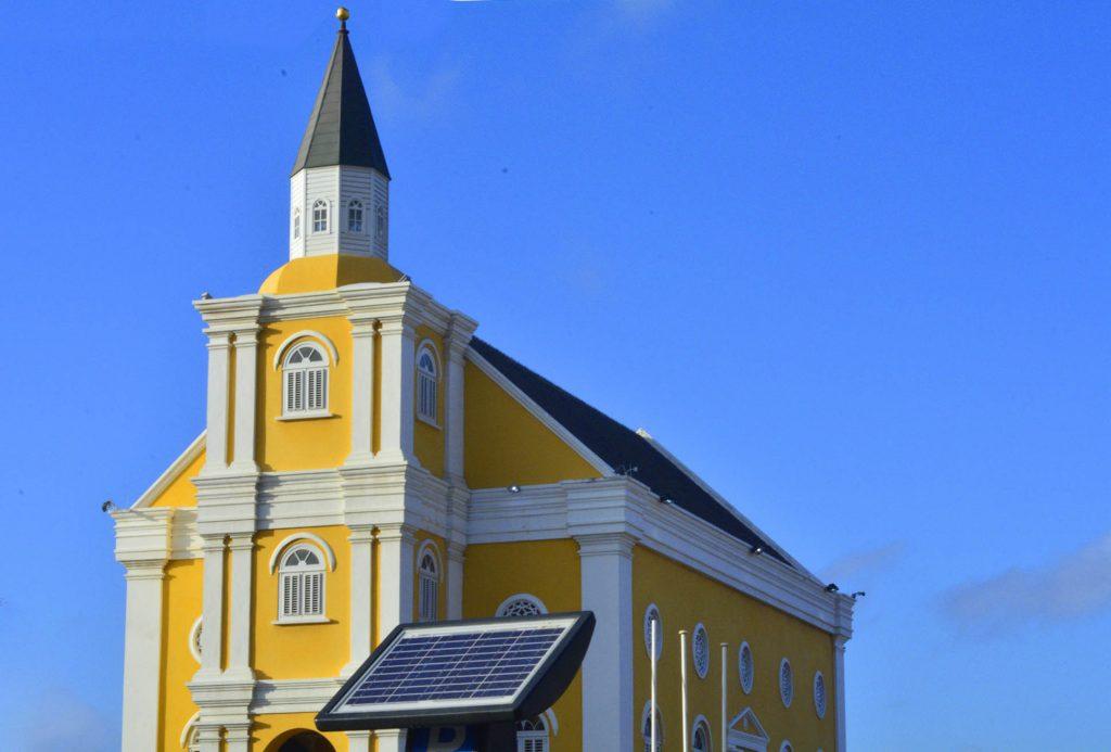 Curacao.nu | OM eist opnieuw 1.8 miljoen gulden van Gerrit Schotte