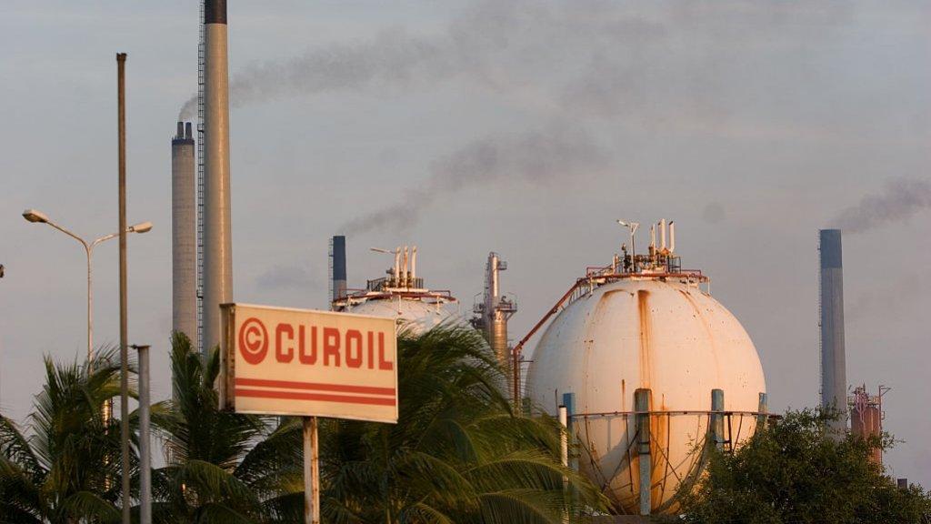 RTL   Curaçao moet – weer – op zoek naar nieuwe uitbater Isla-raffinaderij
