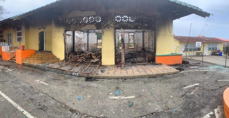 Curacao.nu | Uitgebrande Brionschool vraagt om hulp