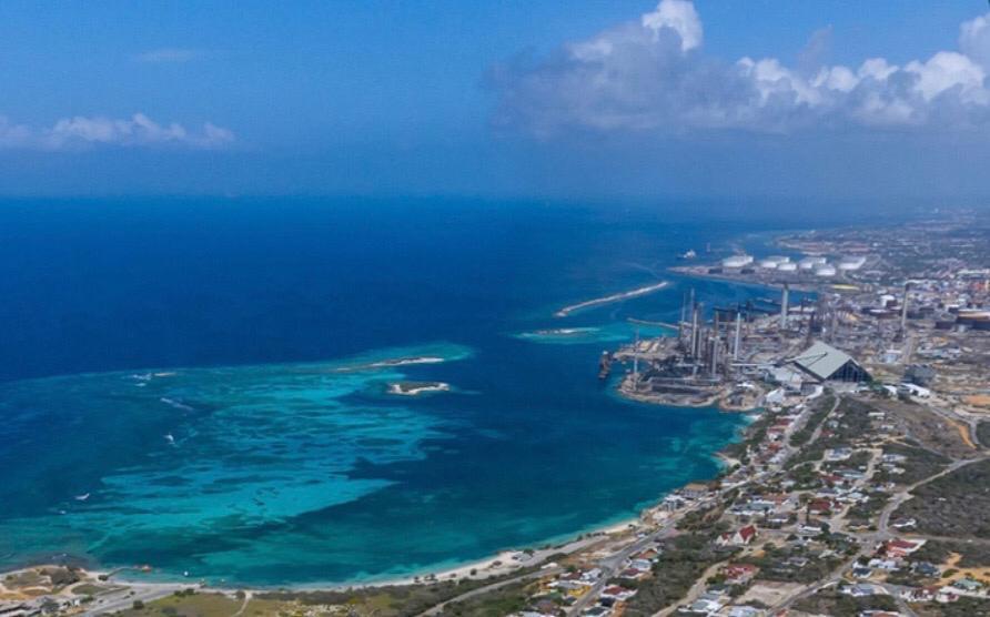 AntilliaansDagblad   Aruba wil raffinaderij opstarten