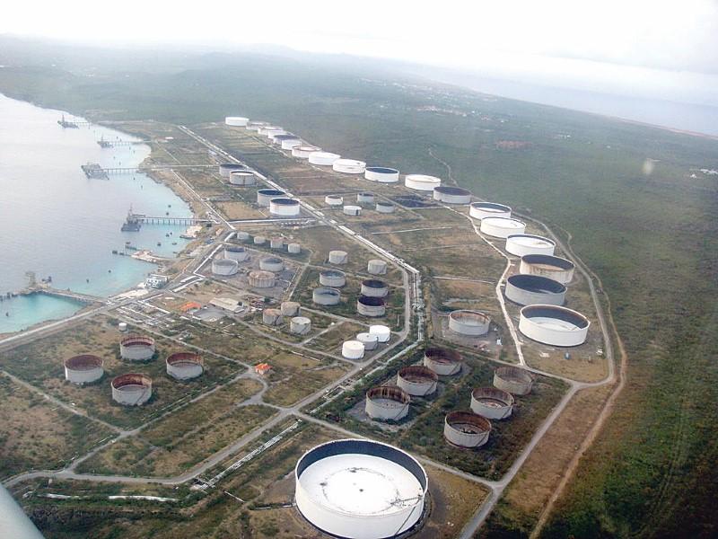 CC   PDVSA hopes to retain Bullen Bay terminal, not refinery