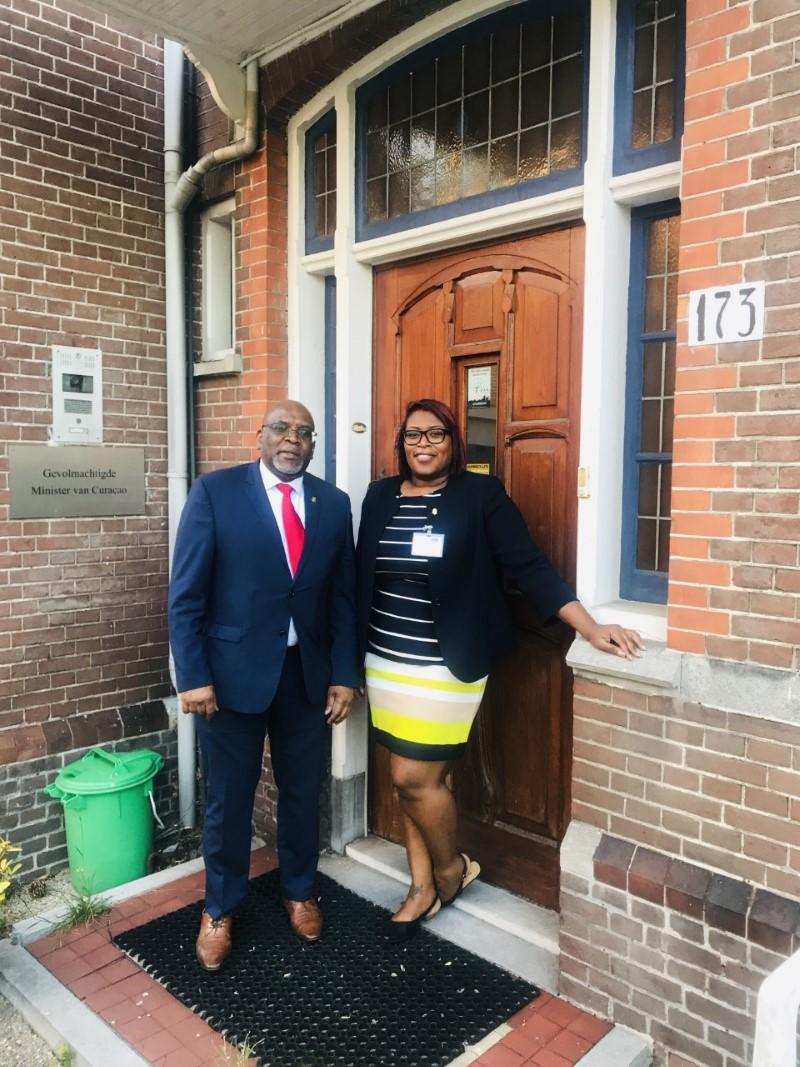 AD | Vragen over panden Curaçaohuis