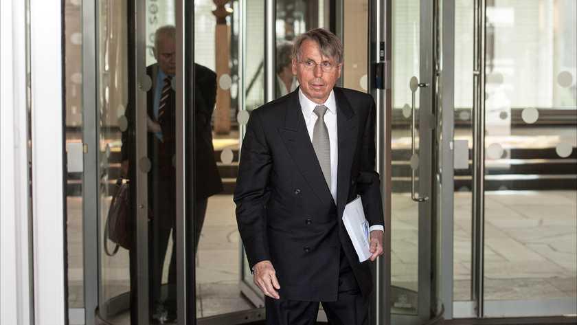 Telegraaf | Profiel: Amsterdamse bankier op Curaçao John Deuss (77)